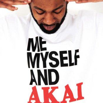 Testi Me Myself and Akai