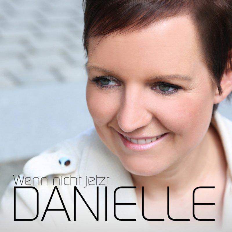 Lyric spiel mit mir lyrics : Danielle - Spiel mit mir Lyrics | Musixmatch