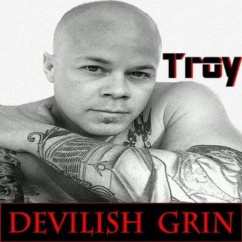 Testi Devilish Grin