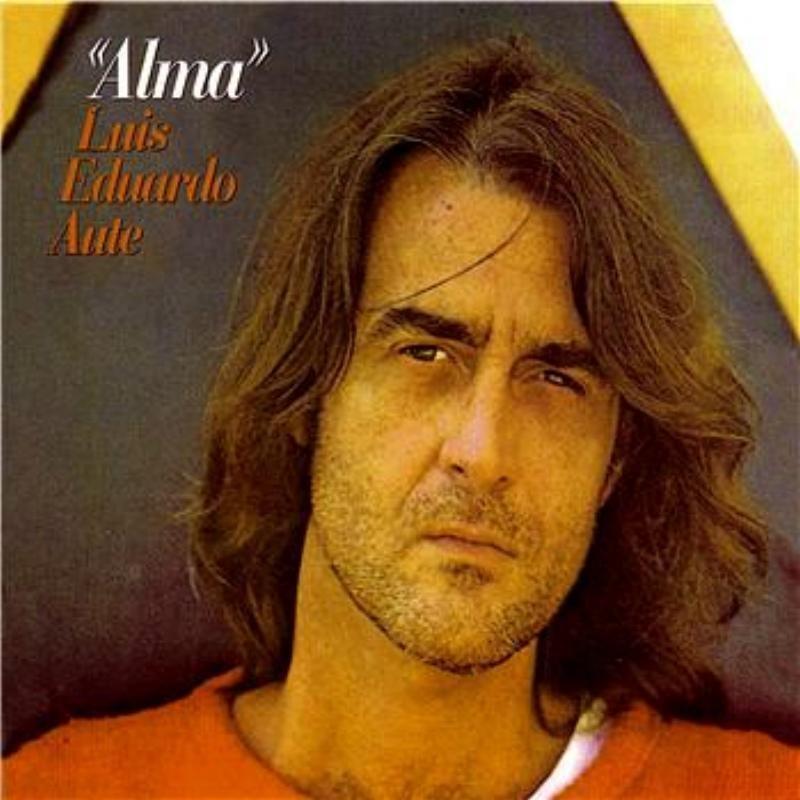 Luis Eduardo Aute - Tarde, muy tarde Lyrics | Musixmatch