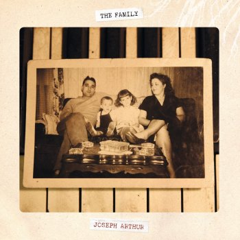 Testi The Family