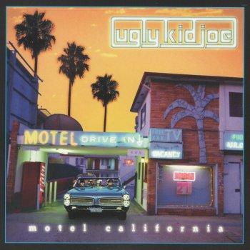 Testi Motel California