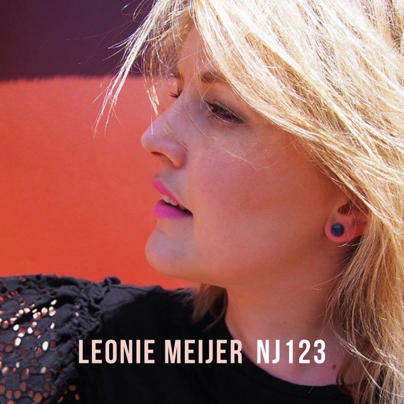 Leonie Meijer - I Give Up Lyrics | Musixmatch