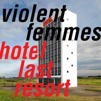 Testi Hotel Last Resort