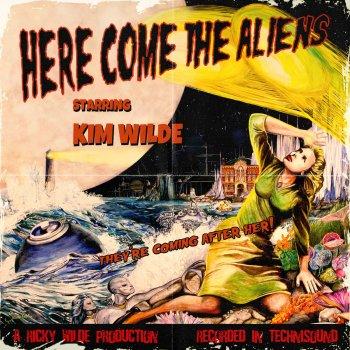 Testi Here Come the Aliens