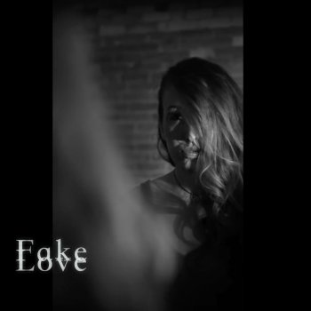 Testi Fake Love