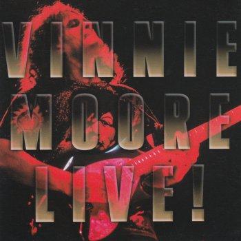 Testi Vinnie Moore (Live)