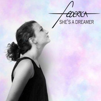 Testi She's a Dreamer