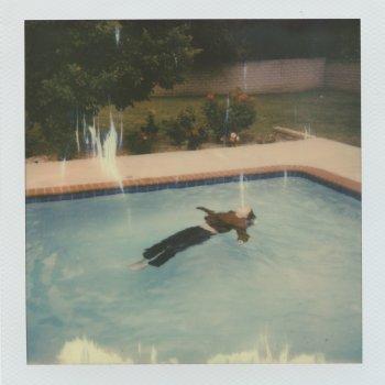 Testi dead girl in the pool.
