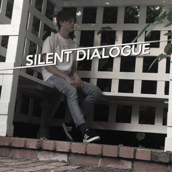 Testi SILENT DIALOGUE