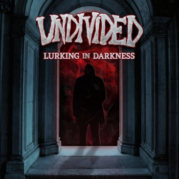 Testi Lurking in Darkness-Single