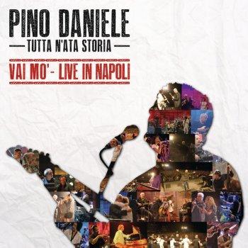 Testi Tutta n'ata storia (Vai mo' - Live in Napoli)